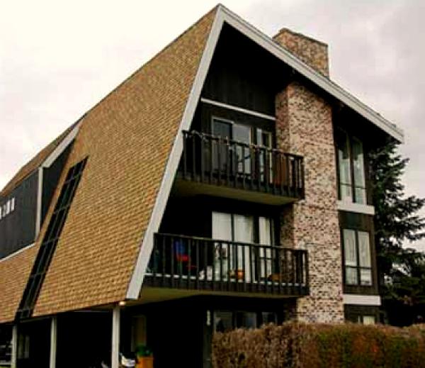 Асимметричная мансардная крыша